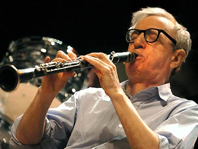 Woody Allen playing jazz clarinet
